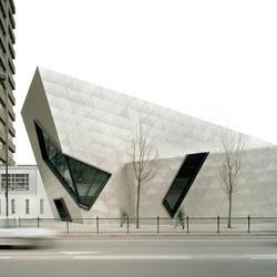 Metropolitan University, London, Hans Kohler AG , Studio Daniel Libeskind , by mtextur
