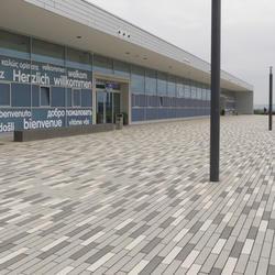 Kassel Airport, Rinn Öffentlicher Raum, Kassel Projektleiter Herr Meier von EGL, by mtextur