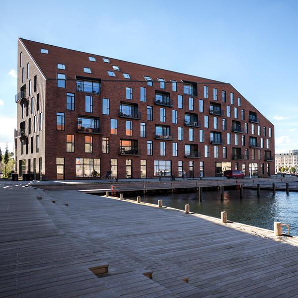 Krøyers Plads, Kopenhagen (DK), Zürcher Ziegeleien AG, VLA Vilhelm Lauritzen Architects und COBE Architects Kopenhagen (DK), by mtextur