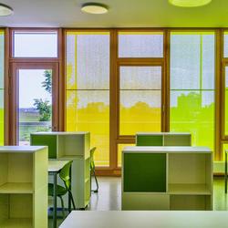 Frische Farben für die Schule, Serge Ferrari,  ARGE Glück + Partner GmbH, by mtextur